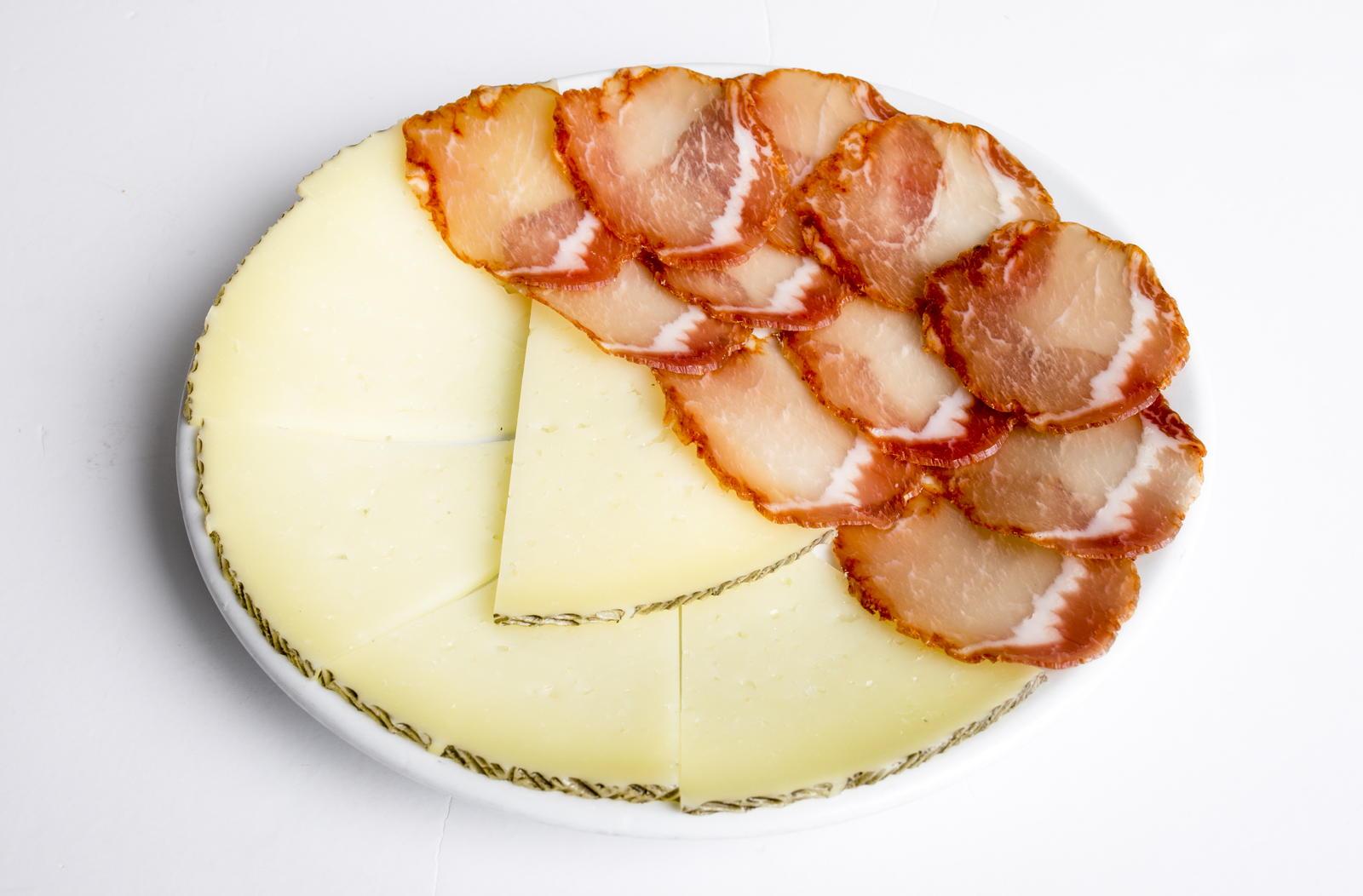 mixta-lomo-queso